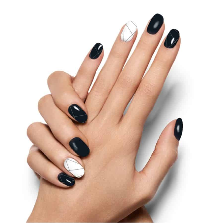 nail color trends 2021 black and white