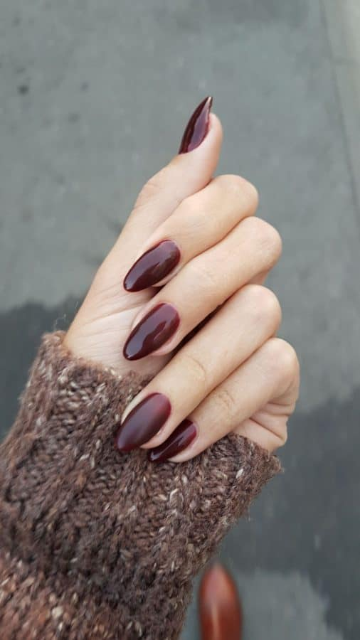 nail color trends 2021 burgundy
