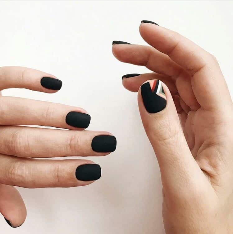 nail color trends 2021 black