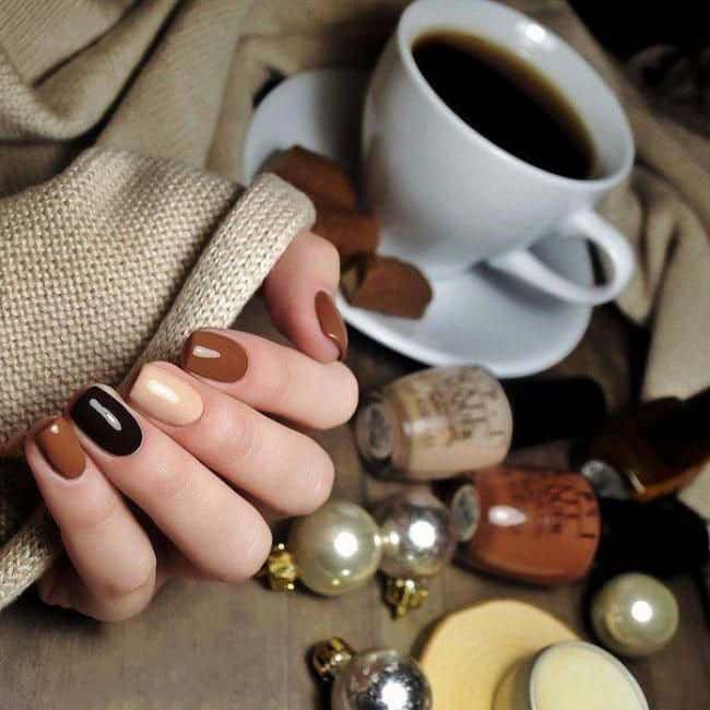 nail color trends 2021 mix