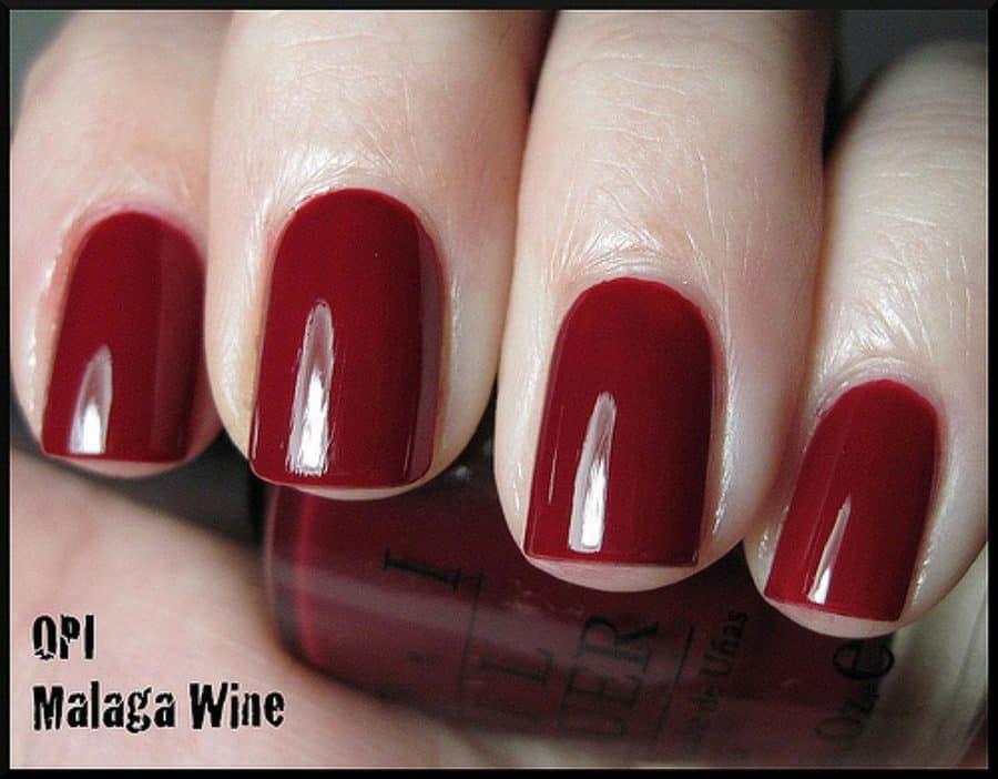 nail color trends 2021 malaga