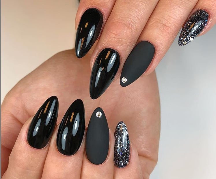 Almond Nails 2021: 27 New Modern Options