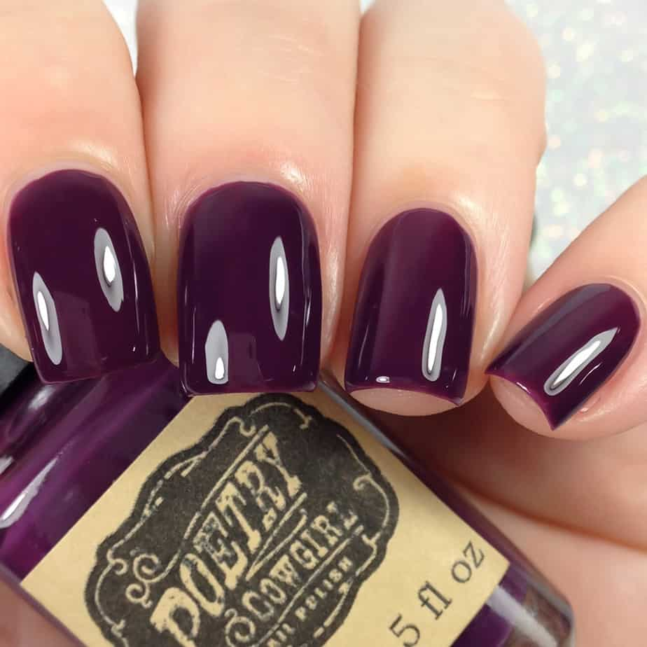 Stylish Purple Nails 2021: 25 Outstanding Examples