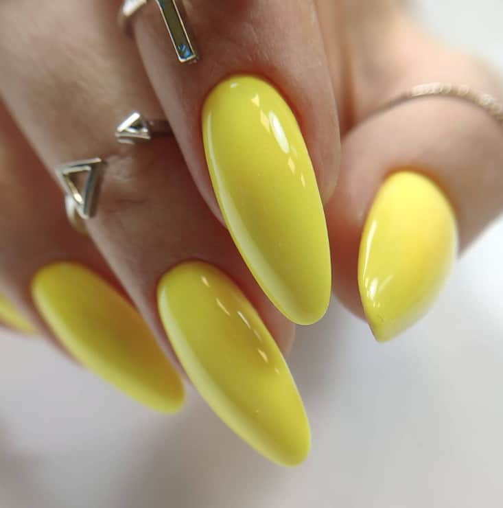 nail color trends 2022