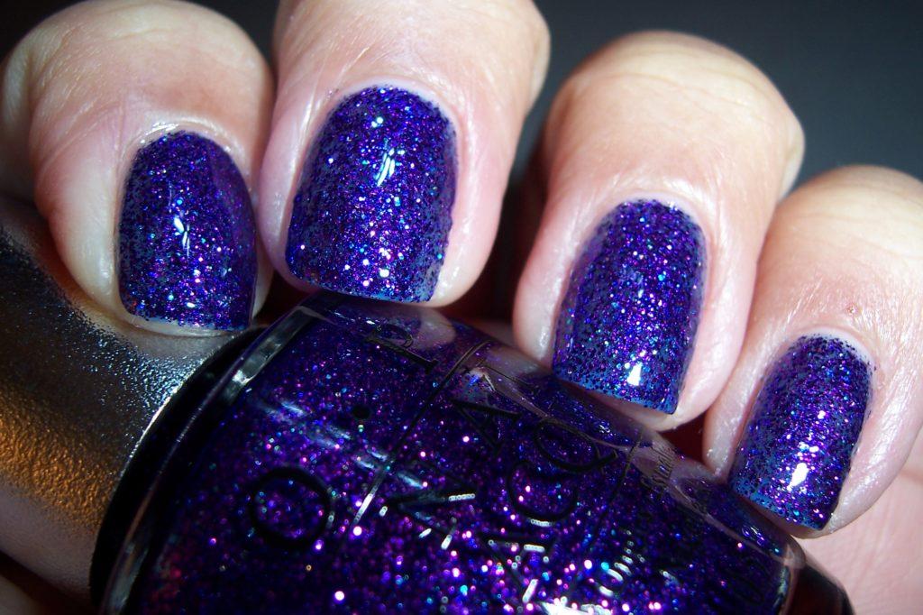Violet shade of temptation OPI 2022