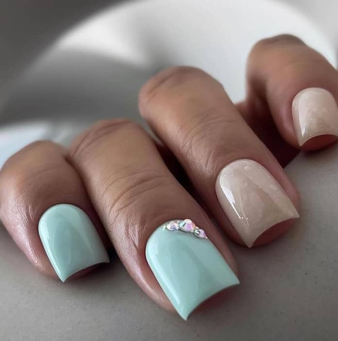 Top 16 nail design trends 2022: Sparkling Colors In Trend Again