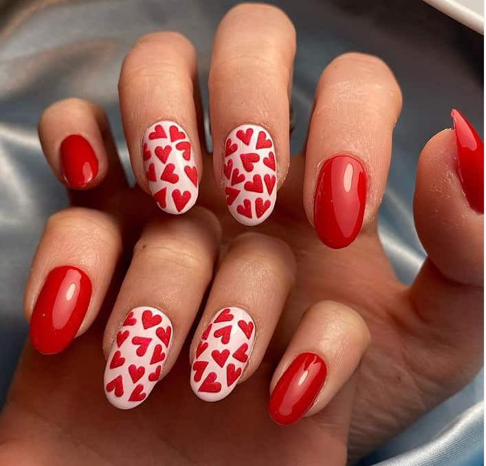 Red on Oval Type Japanese nails 2022