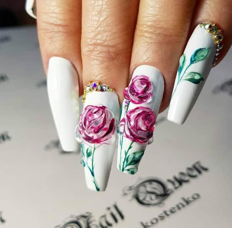 Roses blooming - Symbol. Japanese Nail Trends 2022