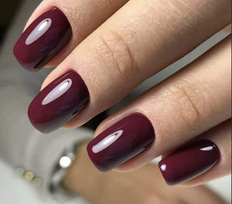 Wine Red. Spring Nail Design 2022