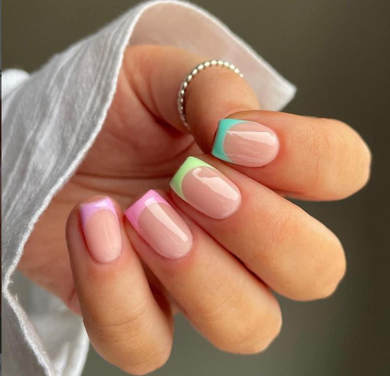 Abstract Spring Nail Designs 2022
