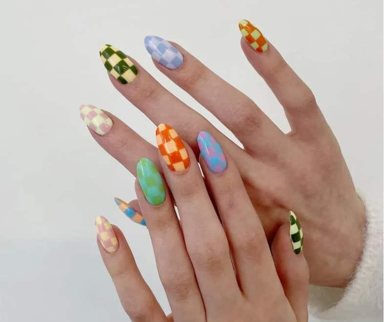 Chess Player Mood. Summer Nail Colors 2022