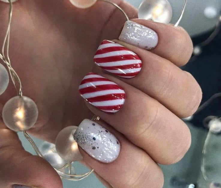Bold and Stripes. Winter Nail Trends 2022