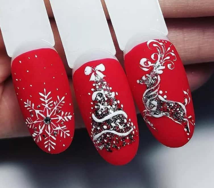 Red and White. Winter 2022 Nail Colors