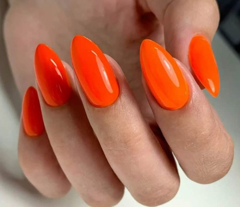 Red - Orange Shades Mix nails 2022