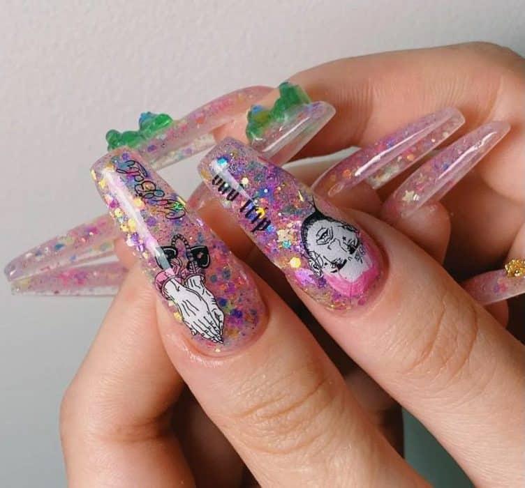 Champagne and Light Glitter. Fake Nails 2022