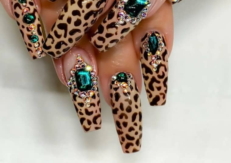 Wavy Colorful Acrylic Nails 2022 leopard