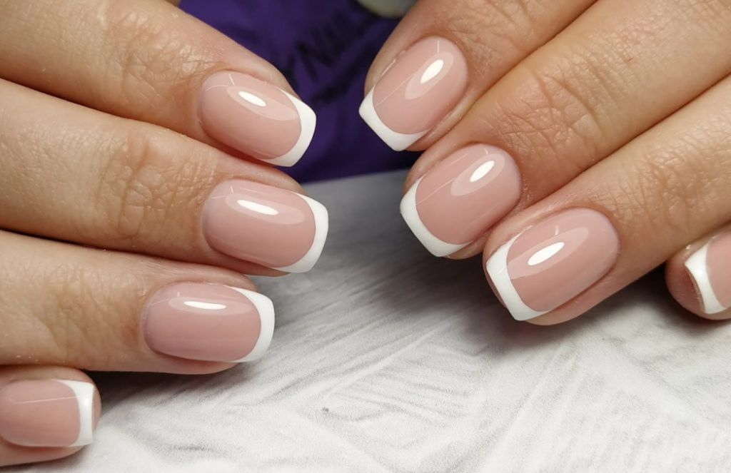 Very Small French Manicure designs 2022