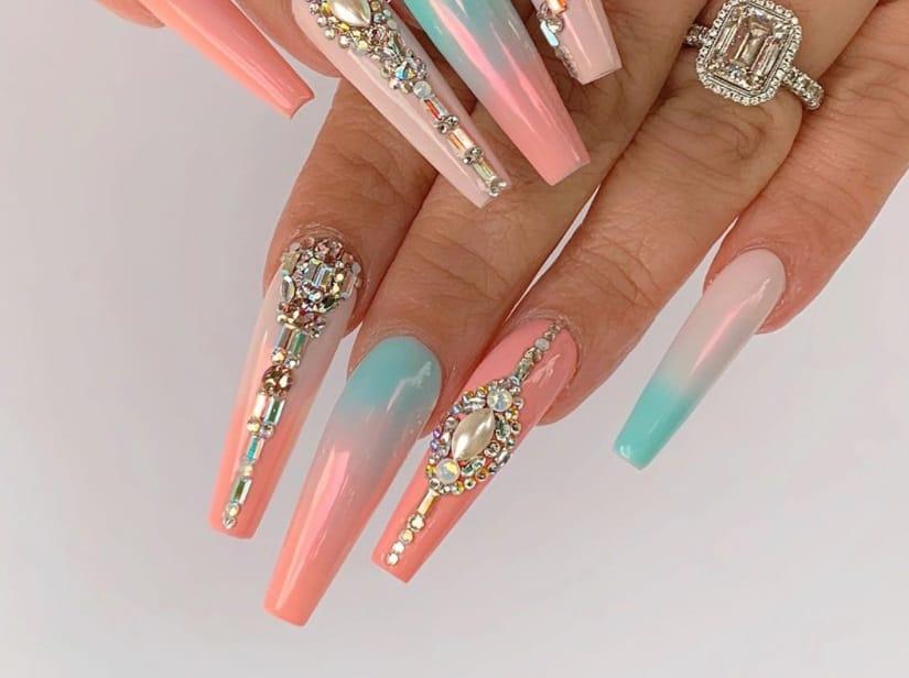 Sparkling Diamonds. 2022 Coffin Nail Trends