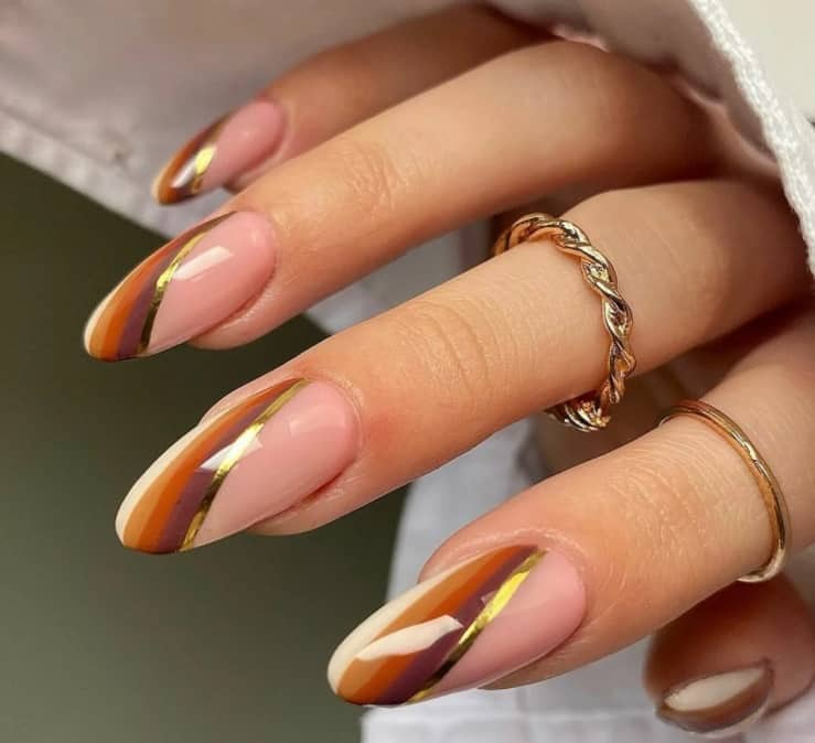 Artistic French Manicure 2022