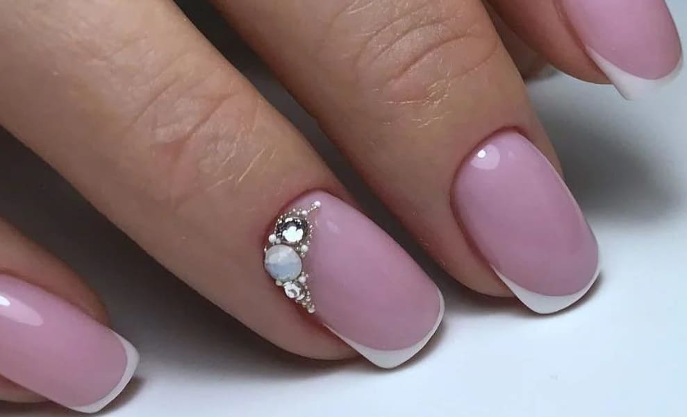French gel nails 2022